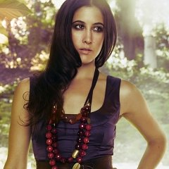Interview: Vanessa Carlton Talks Heroes & Thieves