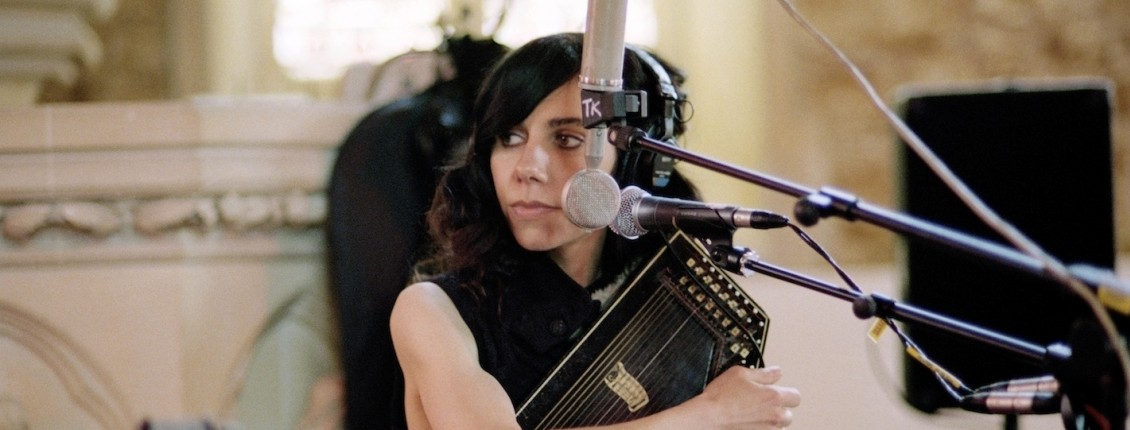 PJ Harvey (New York, NY - April 19, 2011)