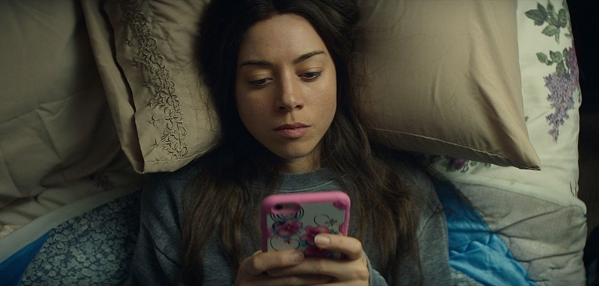 Interview: Aubrey Plaza on Ingrid Goes West, Social Media, Legion, and More