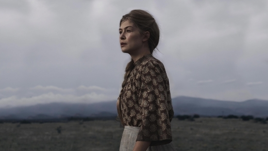 Interview: Rosamund Pike Talks Hostiles and Career Post-Gone Girl
