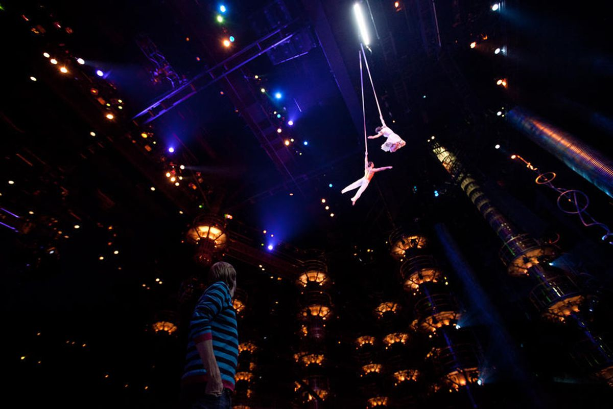 An image from Cirque du Soleil: Worlds Away 3D