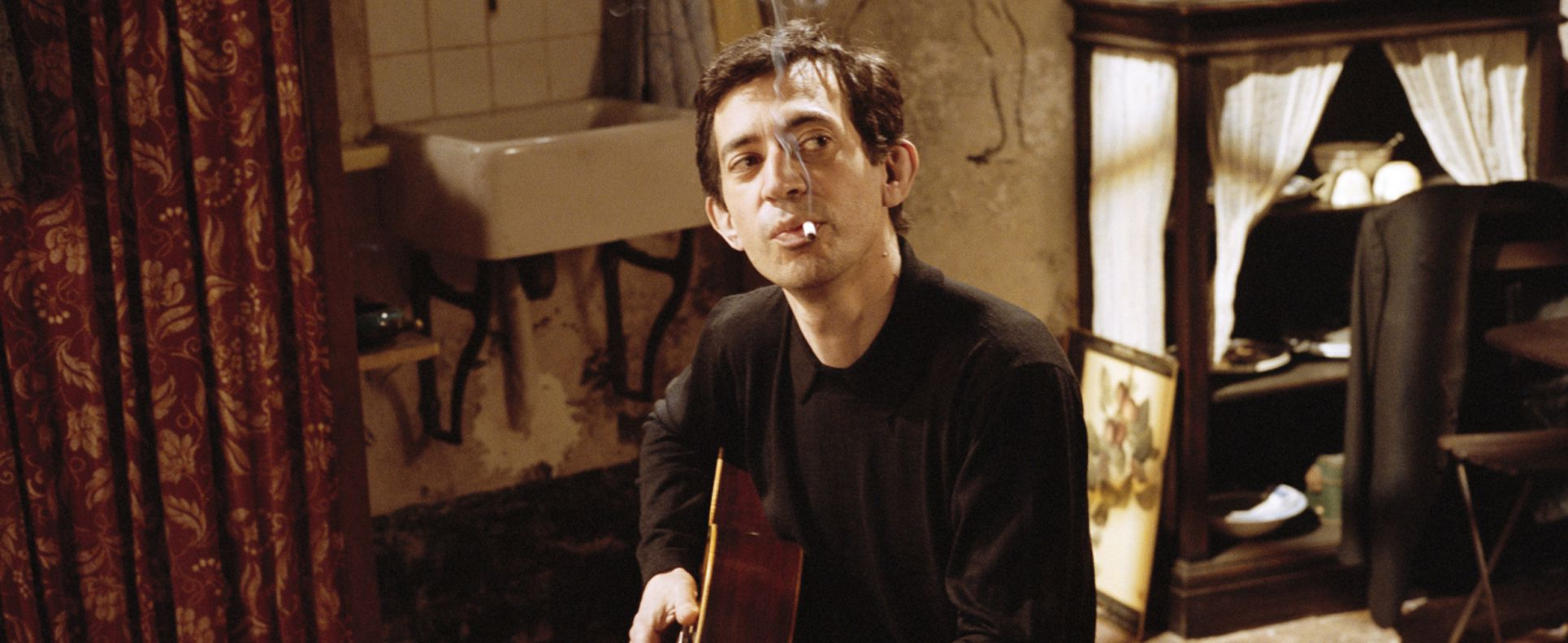 An image from Gainsbourg: A Heroic Life