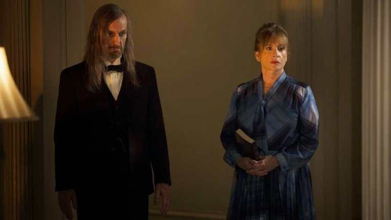 "American Horror Story: Coven Recap: Episode 3, ""The Replacements"""