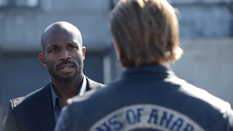 "Sons of Anarchy Recap: Season 7, Episode 3, ""Playing with Monsters"""