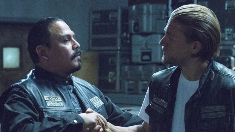 "Sons of Anarchy Recap: Season 7, Episode 11, ""Suits of Woe"""