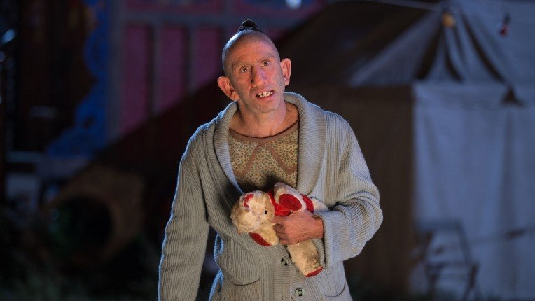 "American Horror Story: Freak Show Recap: Episode 10, ""Orphans"""
