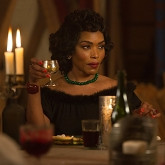 "American Horror Story: Freak Show Recap: Episode 12, ""Show Stoppers"""