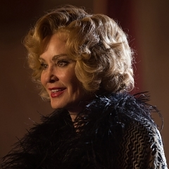 "American Horror Story: Freak Show Recap: Episode 13, ""Curtain Call"""