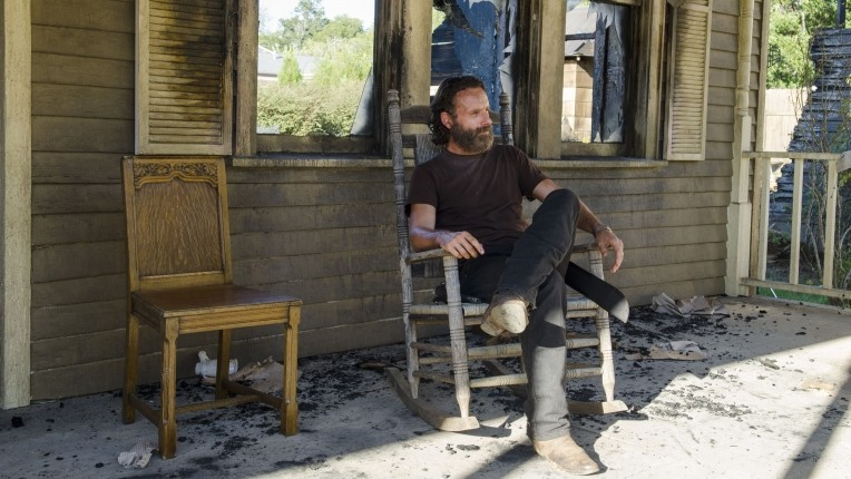 "The Walking Dead Recap: Season 5, Episode 11, ""The Distance"""