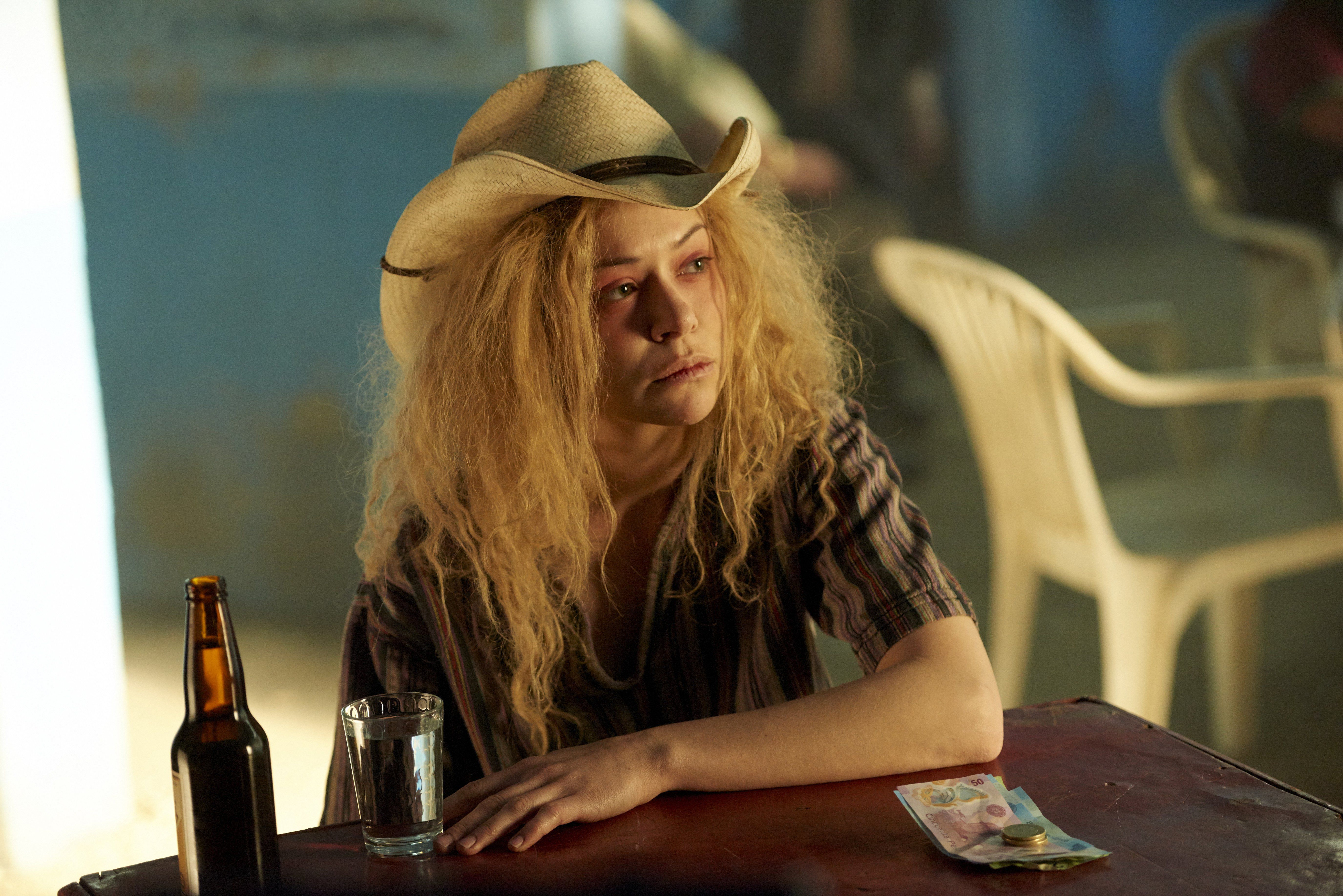 """Conspiracies >> Orphan Black Recap: Season 3, Episode 7, """"Community of Dreadful Fear and Hate""""   The House Next ..."""