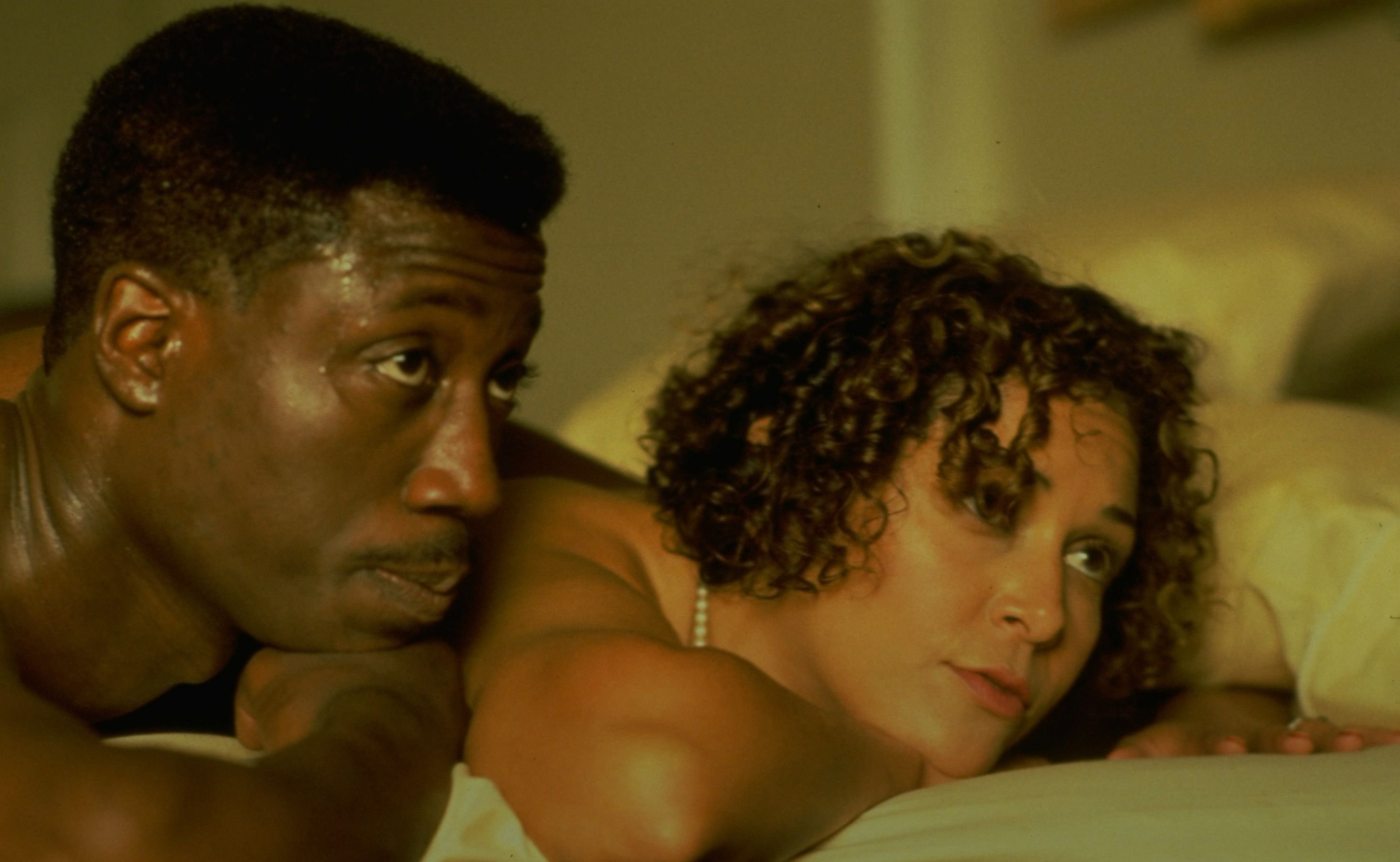 spike lees movie jungle fever essay A movie titled jungle fever directed by spike lee was released in 1991 which starring wesley snipes and annabella sciorra there is also a song titled jungle fever performed by belgian group the chakachas which was released in 1972 the song was banned by the bbc as a result of the.