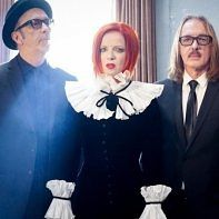 """Garbage Releases Dystopian Single """"No Horses"""" Benefiting the Red Cross"""