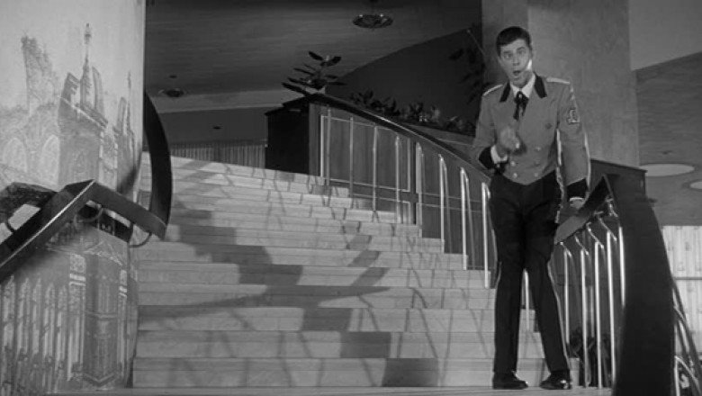 The Jester and the Jerk: Comic Reflexivity in Four Jerry Lewis Films