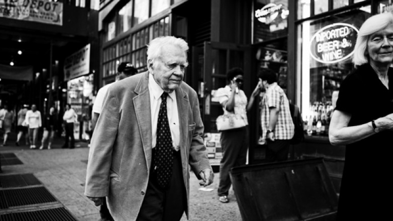 Links for the Day: Andy Rooney to Leave <em>60 Minutes</em>, Behind the Wall Street Protests, Roman Polanski Apologizes, Seth Rogen Interview, &amp; More