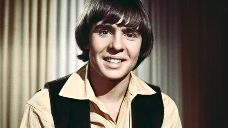 "Links for the Day: Davy Jones R.I.P., Jafar Panahi Awaits ""Execution of the Verdict,"" Welcome to Criticwire, Piranha 3DD Trailer, & More"