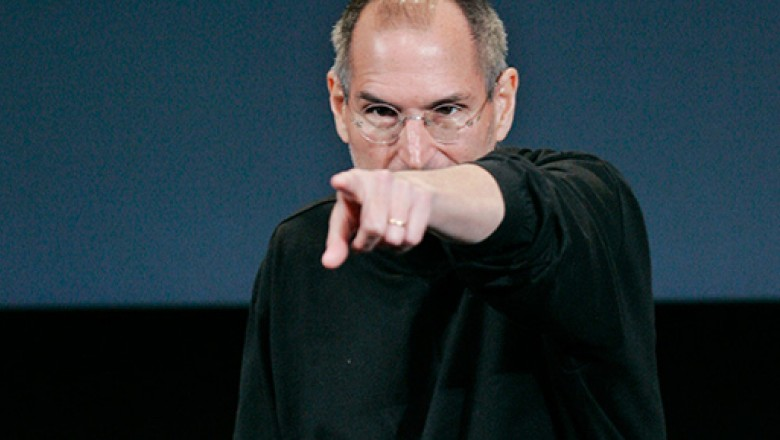 Links for the Day: Steve Jobs Steps Down as Apple CEO, Washington Monument Cracked, Anthony Bourdain's Unsavory Culinary Elitism, & More