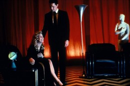 Links for the Day: David Lynch on <em>Twin Peaks</em>, Questlove on Iggy Azalea, Joe Swanberg on <em>Sex Tape</em>, Susan Sarandon Interview, &amp; More
