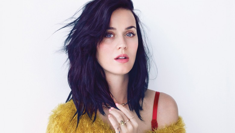 "Listen to Katy Perry's ""Roar"""