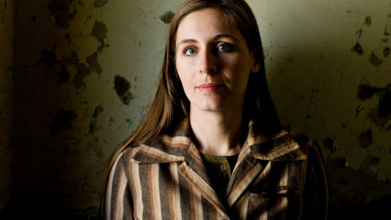 Links for the Day: Eleanor Catton Wins Booker Prize, Aronofsky vs. Paramount, Oliver Stone on Roger Ebert, AMPAS&#8217;s <em>12 Years a Slave</em> &#8220;Tough Medicine,&#8221; &amp; More
