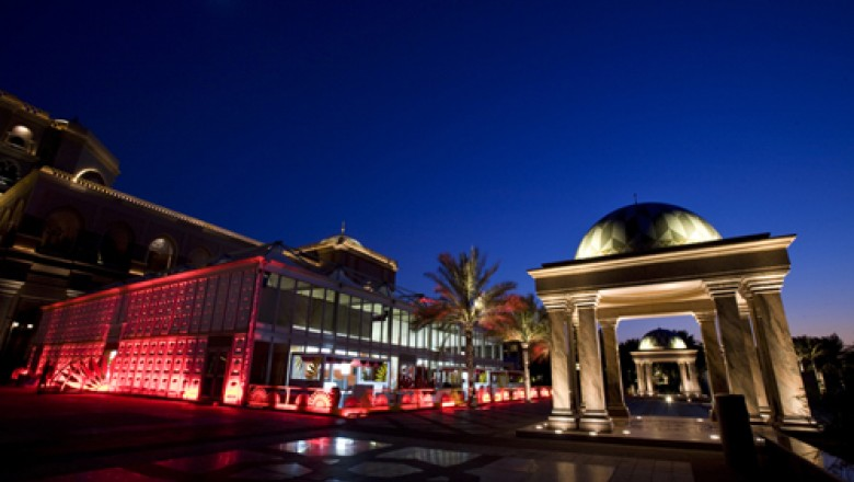Abu Dhabi Film Festival 2010: First Impressions, Up the Burj Khalifa, <em>Secretariat</em>, &amp; <em>The Accordion</em>