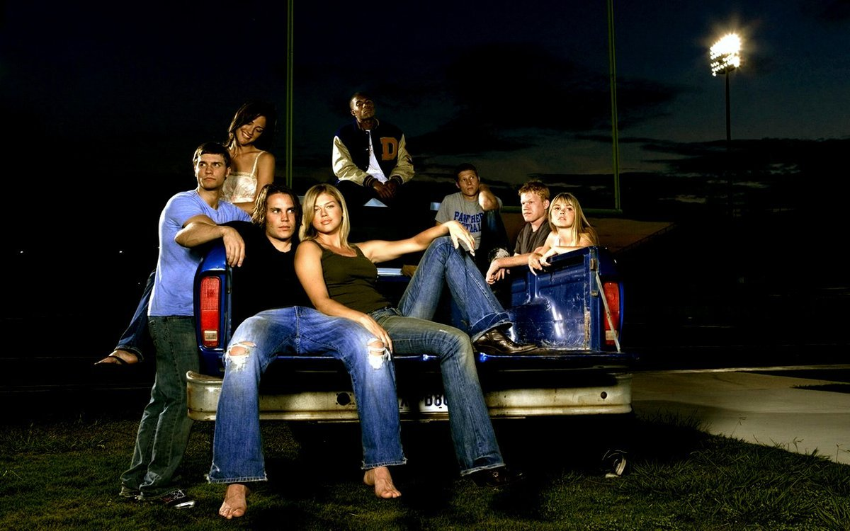 T.V. on TV: Friday Night Lights, The Nine, & Battlestar Galactica