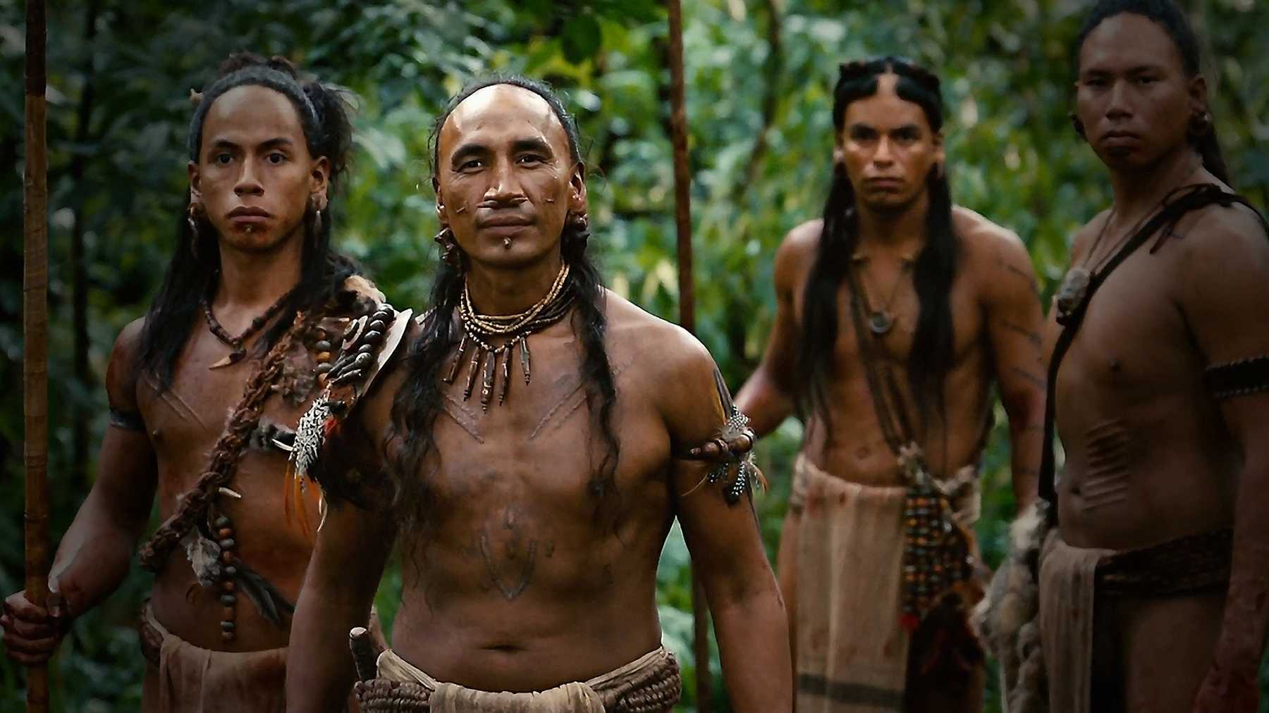 Navel Gazing with Burns and Dignan: Apocalypto, Blood Diamond, and The Holiday