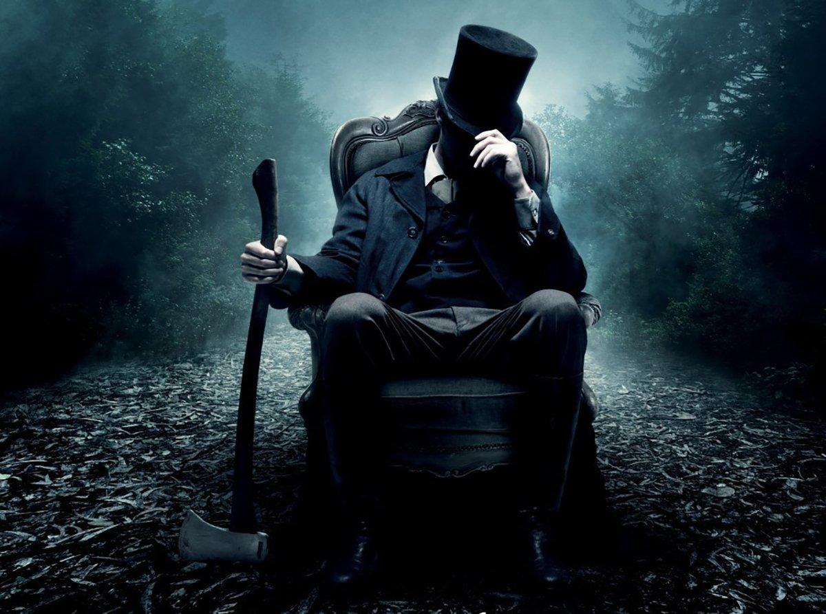 15 Famous Movie Vampire Hunters