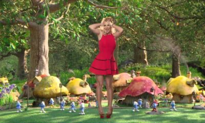 "Britney Spears Debuts ""Ooh La La"" from The Smurfs 2"