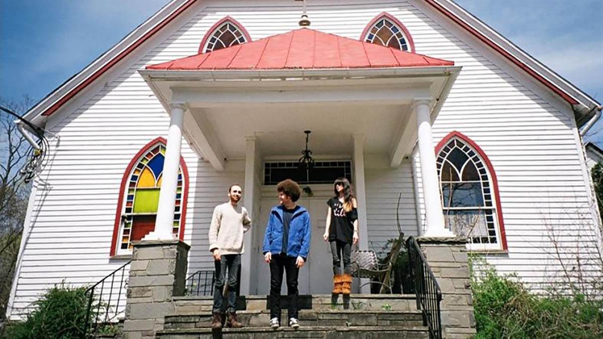 House Playlist: Yuck, Earl Sweatshirt, Colette, Crystal Stilts, & Keep Shelly in Athens