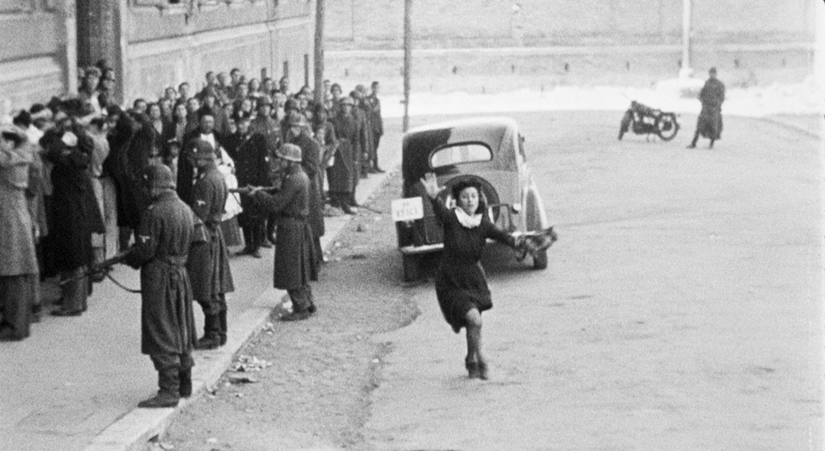 Кадр из фильма «Рим – открытый город» (1945)