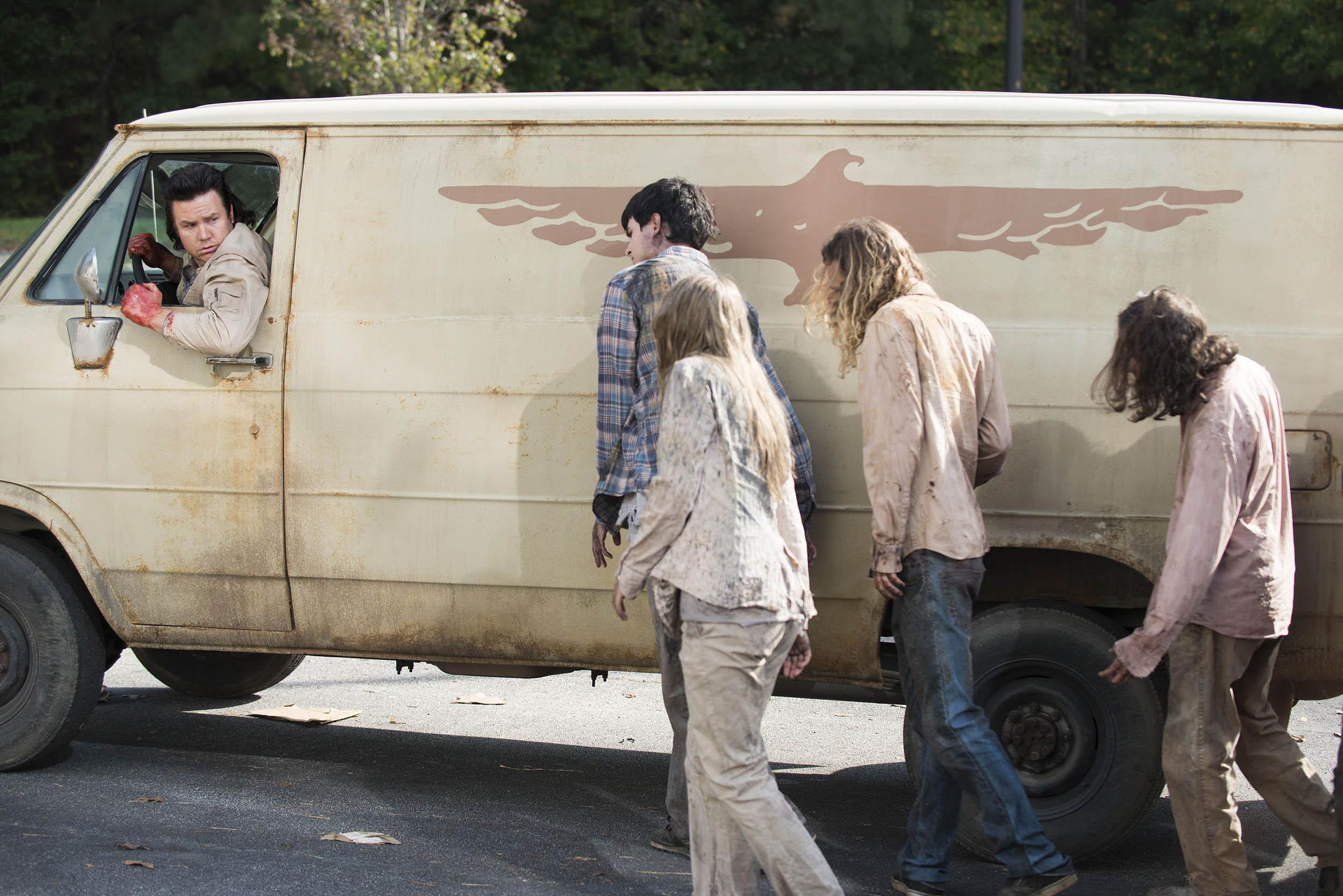 The Walking Dead, Spend