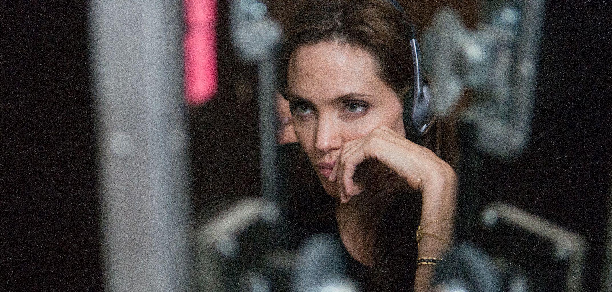 Angelina jolie nackt handy photos