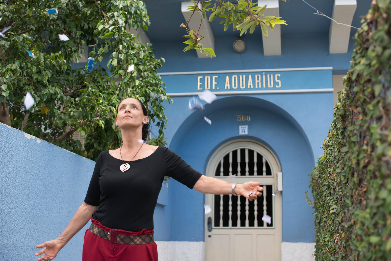 Cannes Film Review: Aquarius