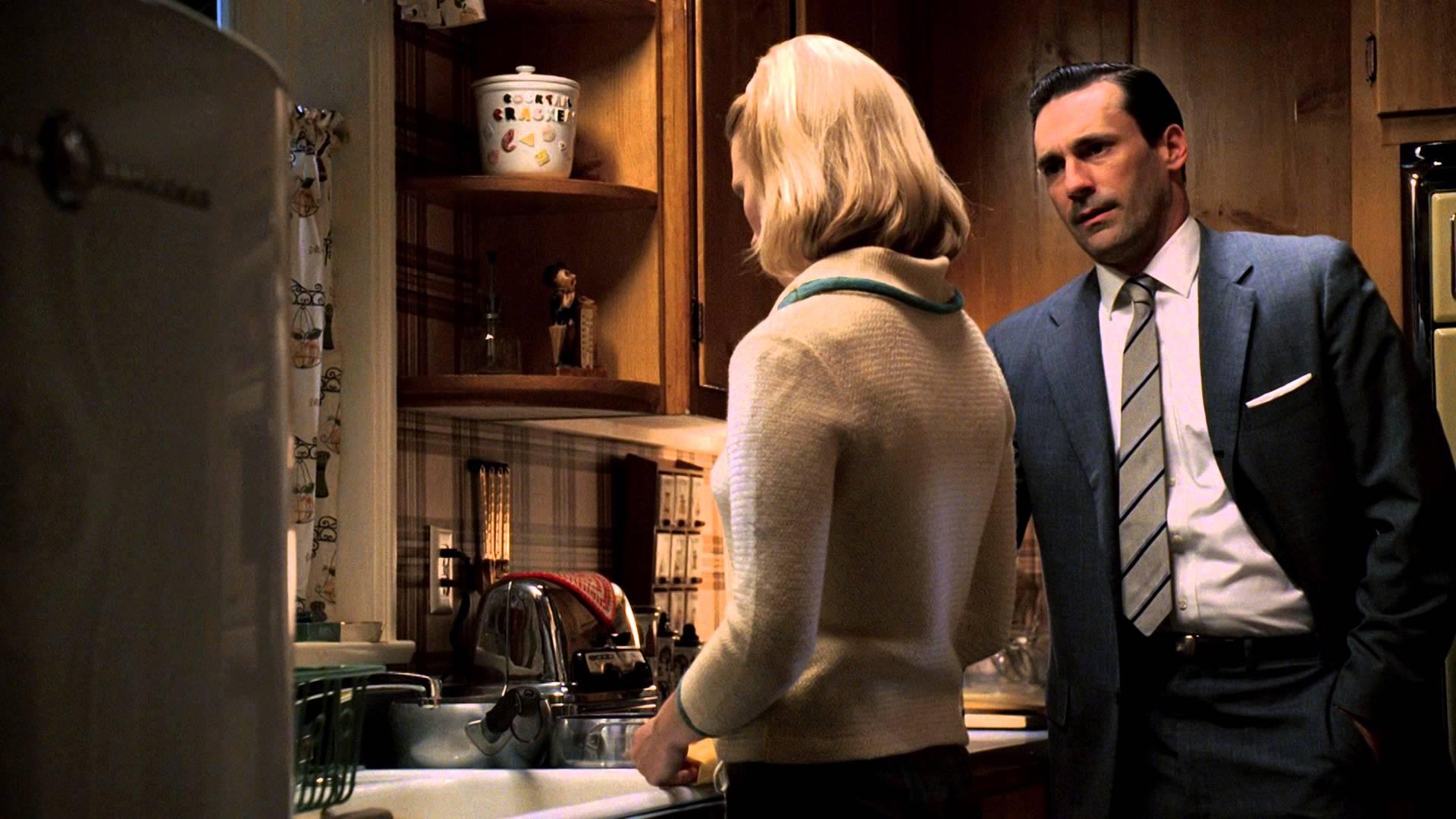 """Mad Men Recap: Season 1, Episode 2, """"Ladies' Room"""""""