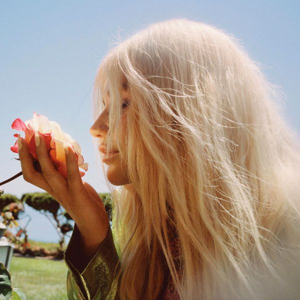 """Kesha Discovers How to """"Learn to Let Go"""" in New Song and Video"""