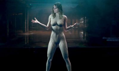 Taylor Swift Faces Off with Herself in ...Ready for It? Music Video