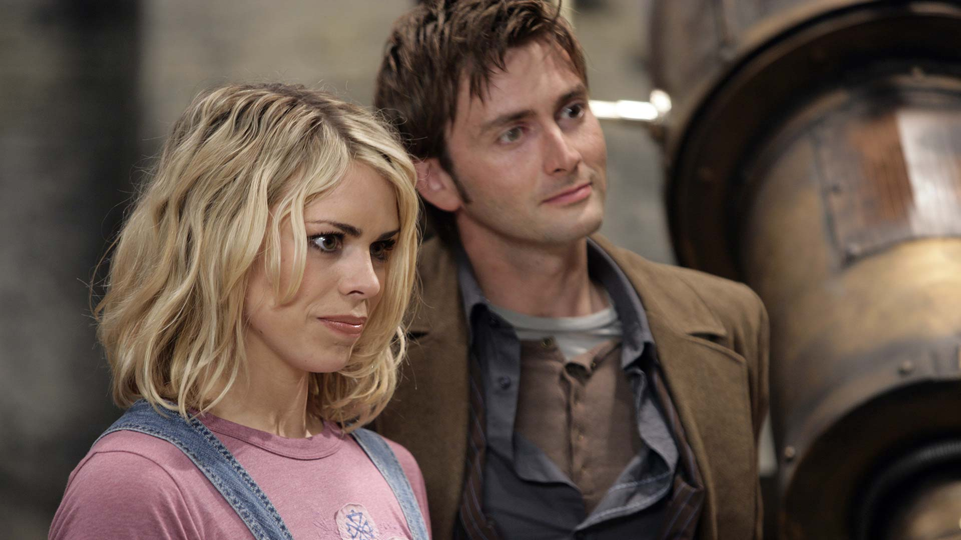 """Doctor Who Recap: Season 2, Episode 2, """"Tooth and Claw"""""""