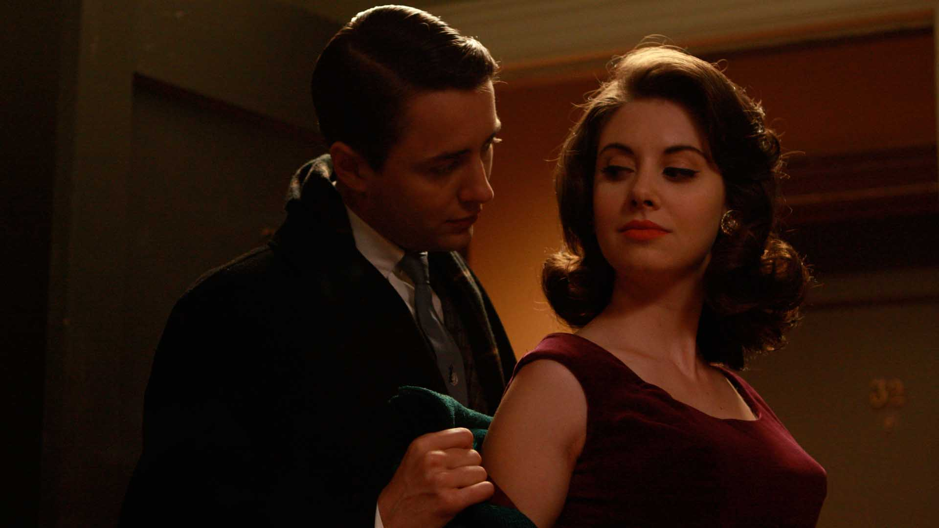 "Mad Men Recap: Season 2, Episode 2, ""Flight 1"""