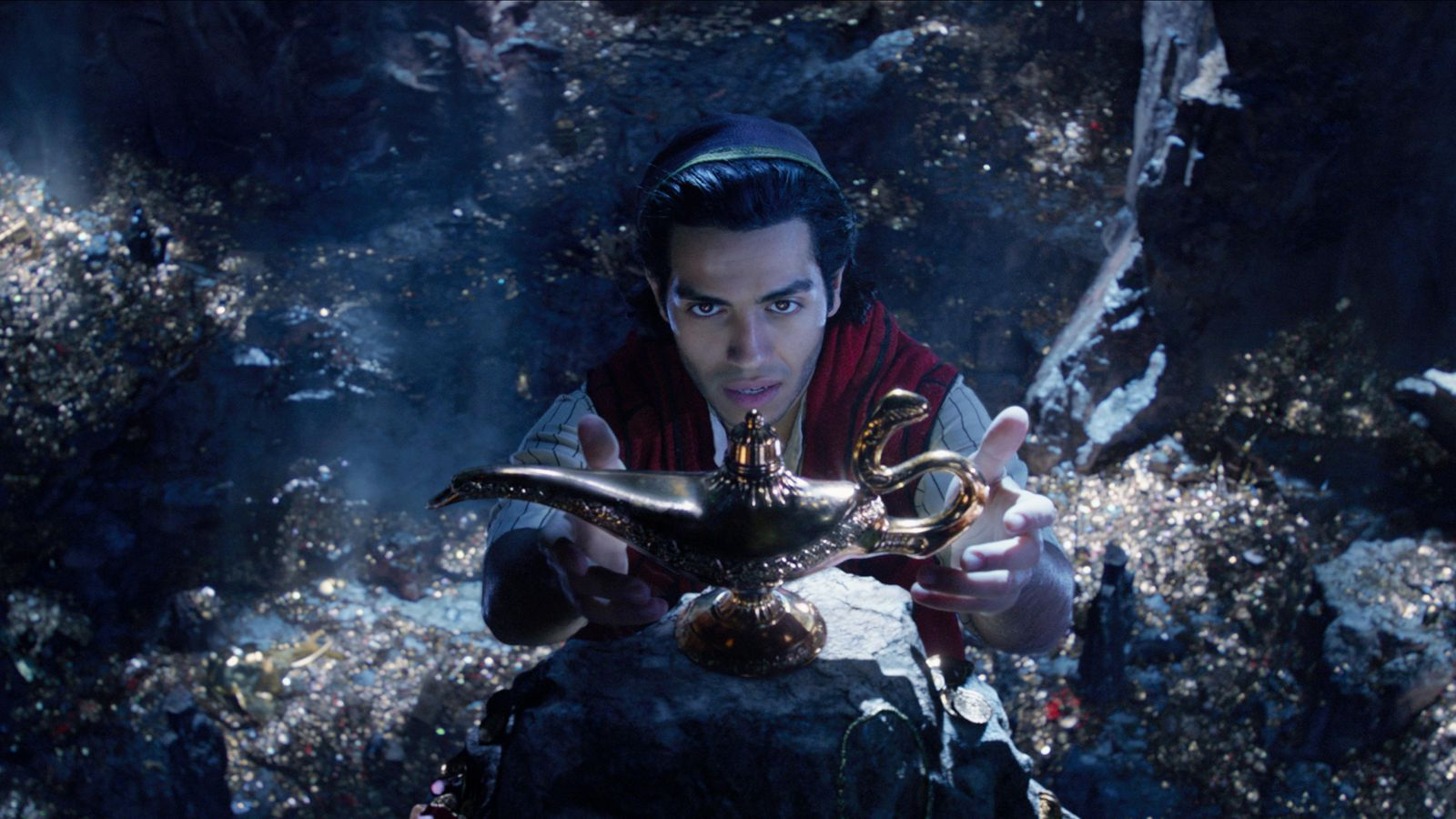 Aladdin Review: A Magic Corporate Ride to Nowhere Special