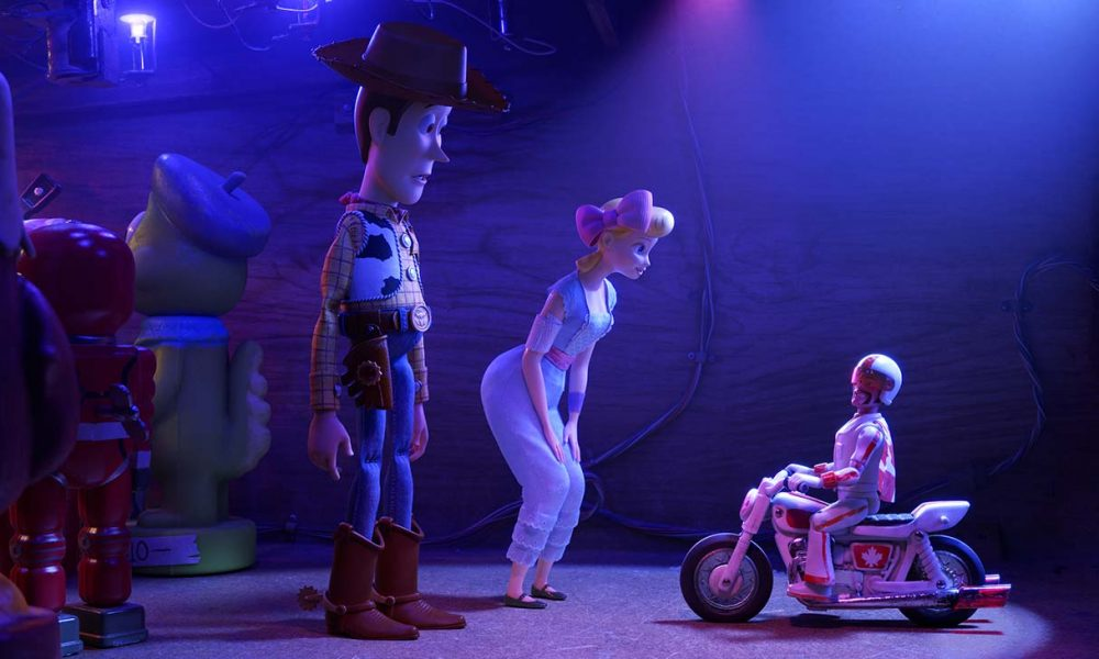 Toy Story 4 Review: Though Moving, It Sees a Series Resting