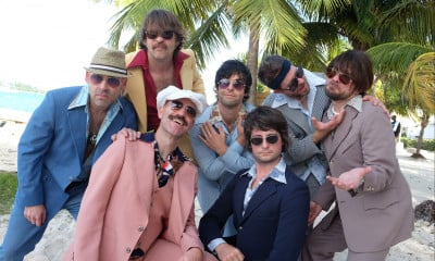 Yacht Rock Revue, Hot Dads in Tight Jeans