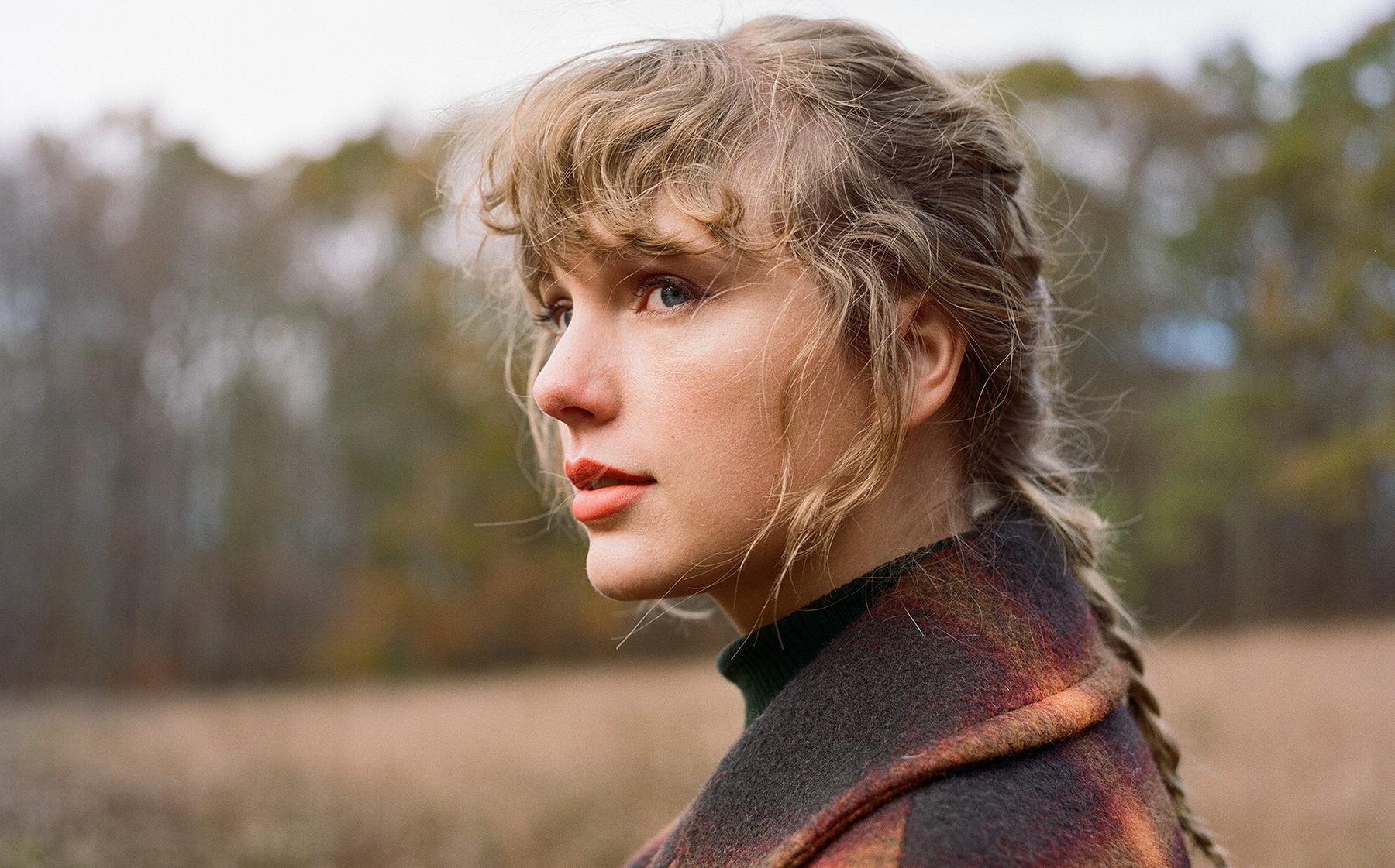 Taylor Swift 'Evermore' Review: An Essential Addition to the Singer's  Catalog